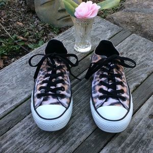 🌺 CONVERSE Animal Print Tennies; Wmn. Sz 7/Men 5!